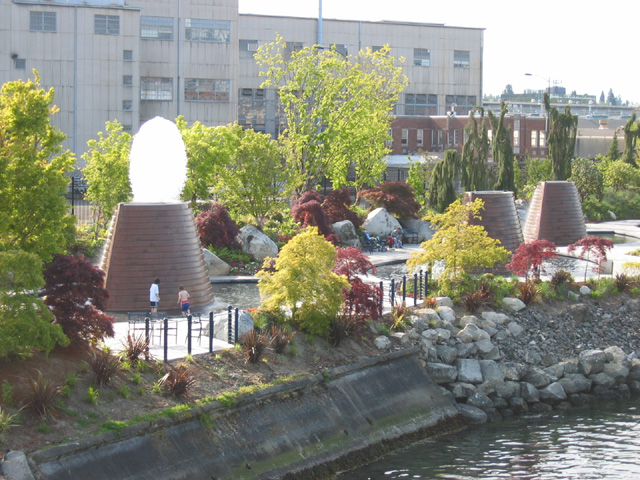 05 14 07 1 Bremerton Harborside Fountain Park