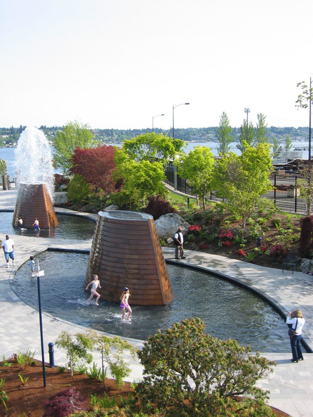 05 14 07 8 Bremerton Harborside Fountain Park
