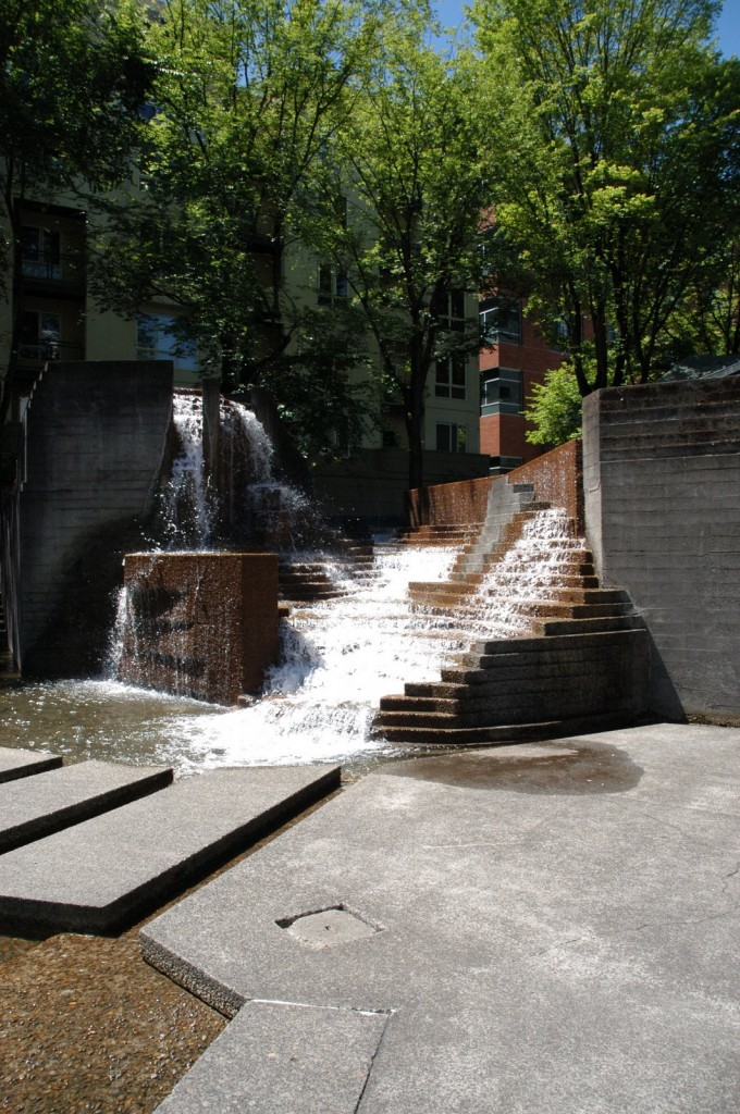 lovejoy fountain 680x1024 Lawrence Halprin: Auditorium Forecourt Fountain (Ira Keller), Portland
